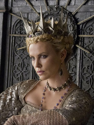 Snow-white-charlize-theron